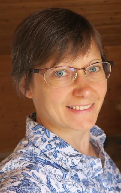 Portraitfoto von Autorin Dr. Birgit Constant